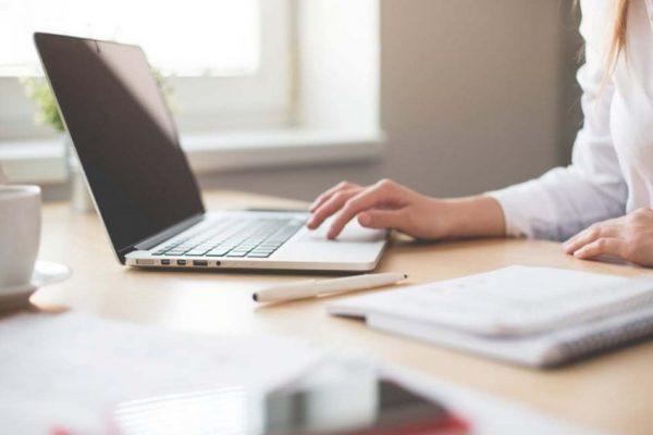 Cinco consejos para que la vuelta al trabajo después de la licencia sea más amena